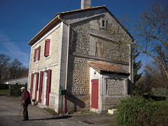 ANCIENNE GARE DE ST AMANT ST GENIS - Photo of Vouharte