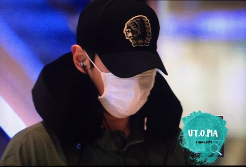 BIGBANG departing Sydney for Melbourne 2015-10-20 (3)