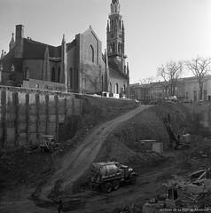 Construction de la station de métro Berri-de Montigny. 2 novembre 1964. VM94-M075-005. Archives de la Ville de Montréal.