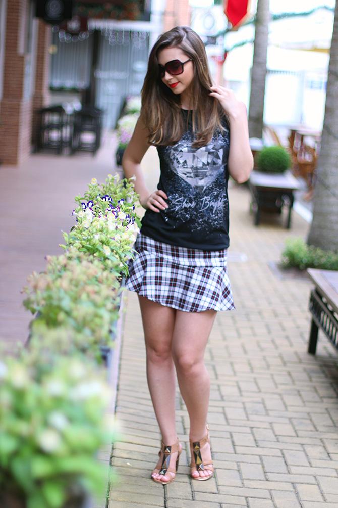 04-saia xadrez blusa preta sempre glamour