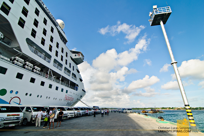 Star Cruises' Superstar Aqurius Docks in Puerto Princesa