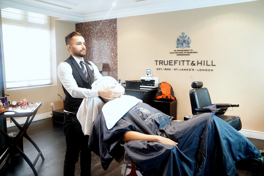 truefitt & hill - majestic hotel KL-001