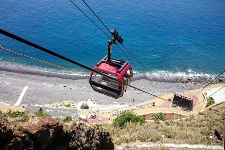 Lyžař u moře: plážové lanovky Madeiry (2. díl)
