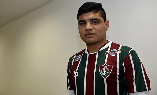 Meia-atacante argentino Aquino é o novo reforço do Fluminense