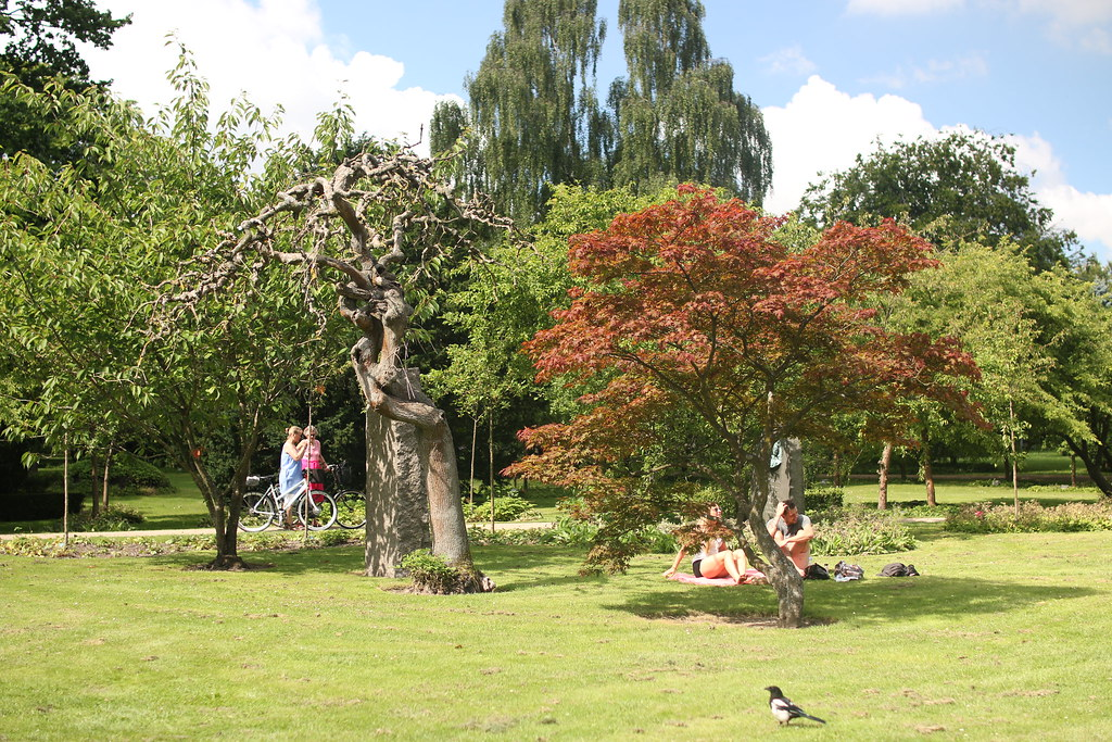 Copenhagen - Assistens Cemetery & Park