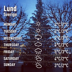 Made with @instaweatherpro Free App! #instaweather #instaweatherpro #weather #wx #snowfall #lund #sverige #night #autumn #clear #cold #se #Lund #sweden #crazyart