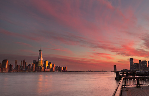 nyc newyorkcity pink sunset sky usa newyork reflection canon newjersey unitedstates manhattan hudsonriver hoboken worldtradecentre 5dmkiii