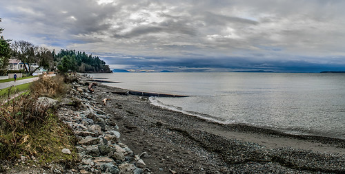 ocean canada beach rocks bc pano surrey crescentbeach sanjuanislands martinsmith betweenrainstorms nikond7000 ©martinsmith nikkor1855mmf3556gvrii