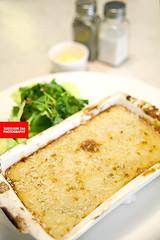 Parmentier De Bouef Aux Oignons, Salade Certe (Bee…