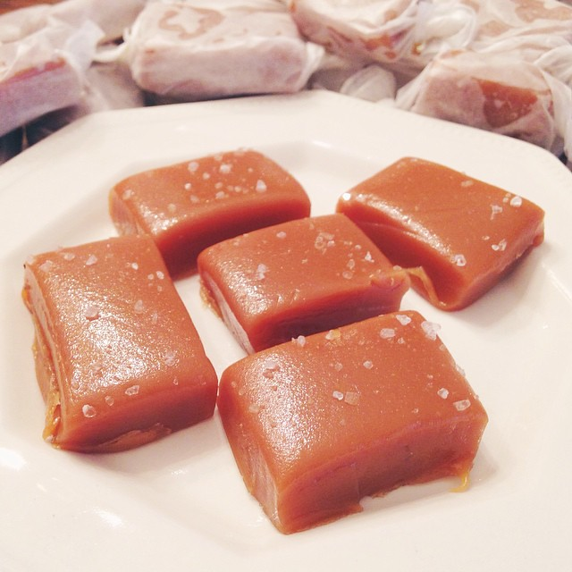 I made so many delicious homemade caramels with sea salt this weekend 😍
