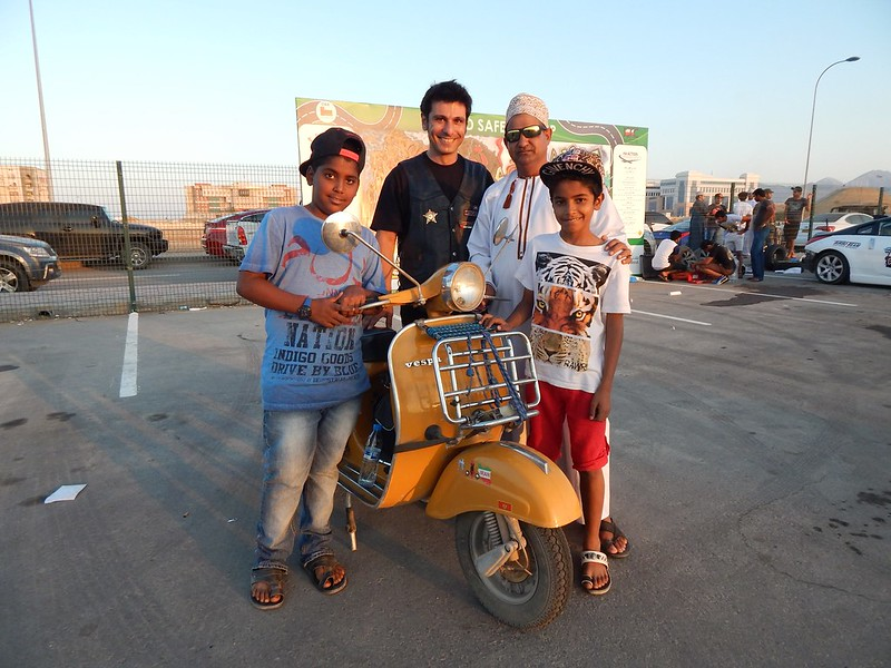 141212 Muscat Bikers (28) (2304 x 1728)
