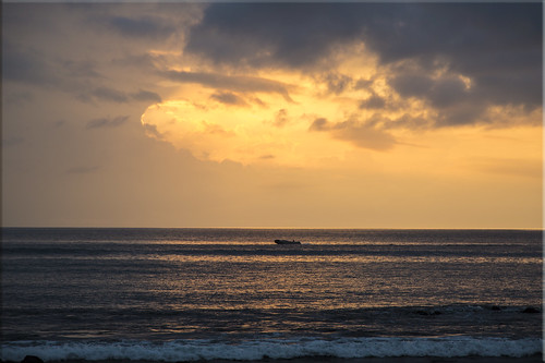 ocean santa sunset night clouds islands evening ecuador cloudy galapagos cruz sultry isla humid 4b4a5909