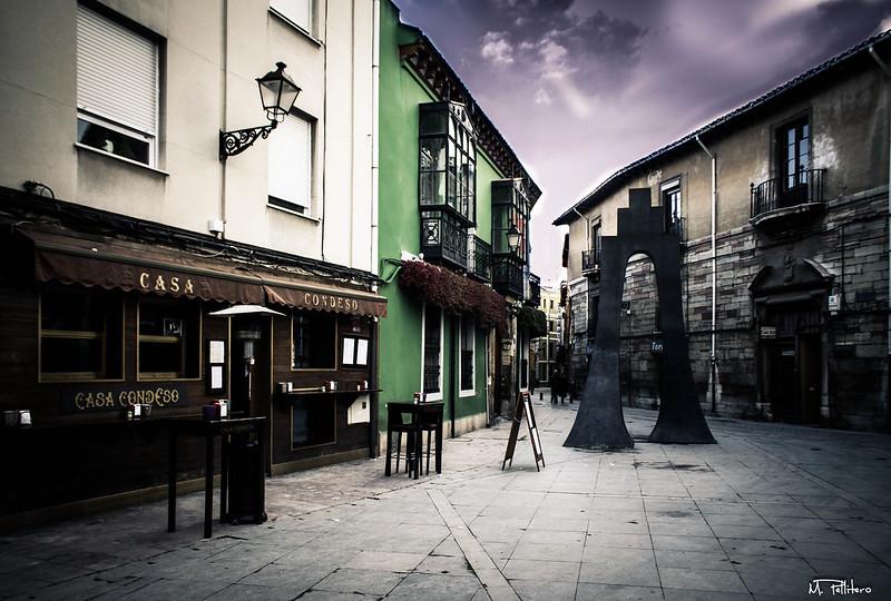 Plaza Torres de Omaña, León