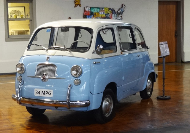 baby-blue-antique-car