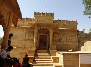 One of the numerous temples on the banks of the Ghadsisar