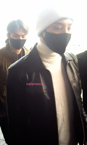 gdragon_airport_140411_022