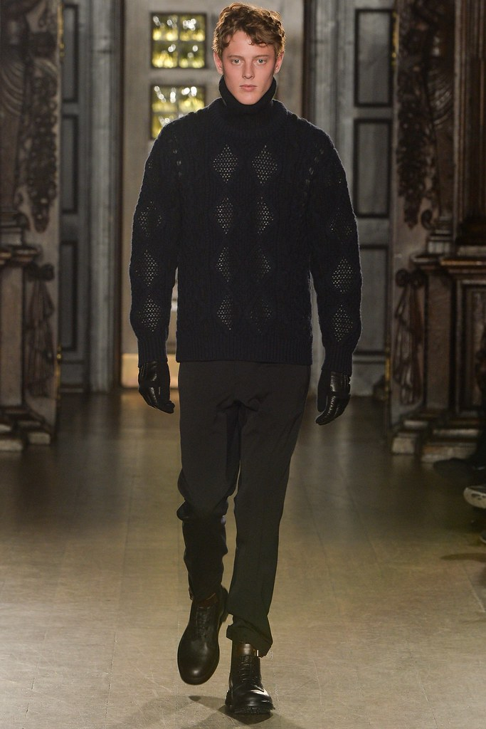 FW15 London Pringle of Scotland016_Ned Barton(VOGUE)