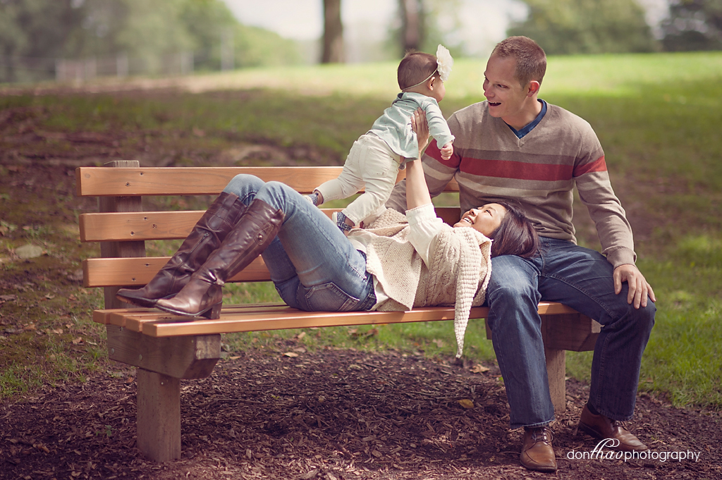 Family on Michigan park bench photography