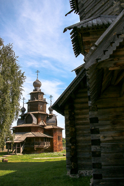 Wooden churchs in the museum of wooden masterpieces, Suzdal, Russia スズダリ、木造建築博物館の教会