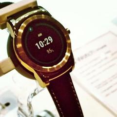 El reloj LG Watch Urban en el #MWC15. Llegará en el segundo semestre de este año a la Argentina