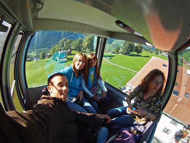 Interior del telecabina que sube de Grindelwald a First