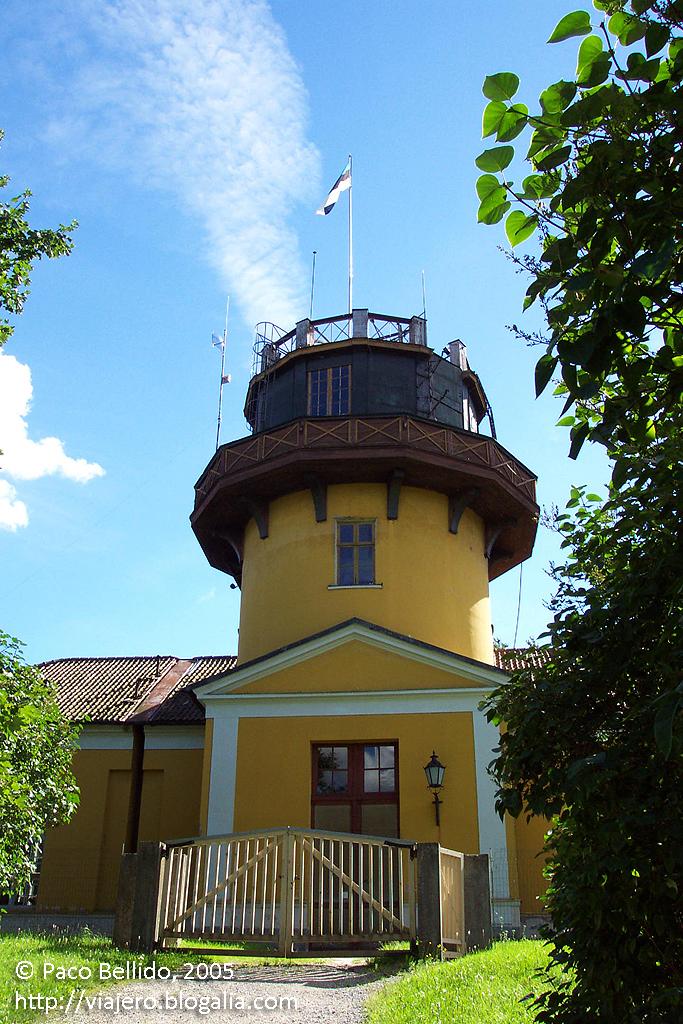 Torre del Observatorio de Tartu. © Paco Bellido, 2005