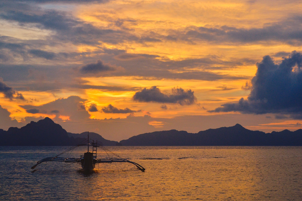 Corong Corong Beach Sunset in El Nido