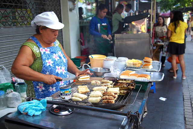 toast and grilled bananas, street food, Bangkok, Thailand