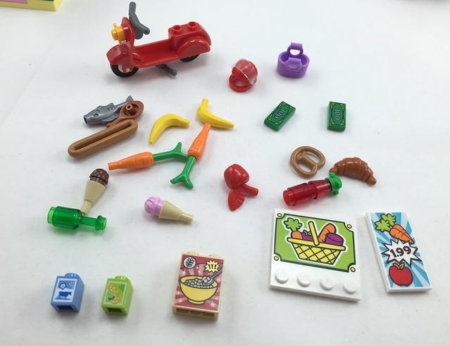 LEGO Juniors - Supermarket Suitcase Set 10684 16520749920_a64d726c49_z