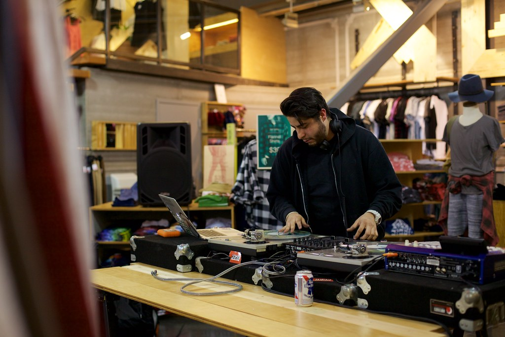 Dojorok at Urban Outfitters | March 5, 2015