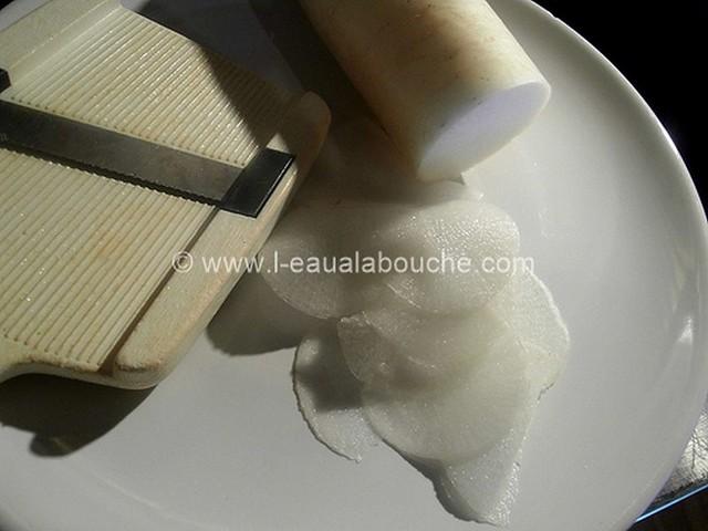 Carpaccio de Radis Blanc © Ana Luthi Tous droits réservés