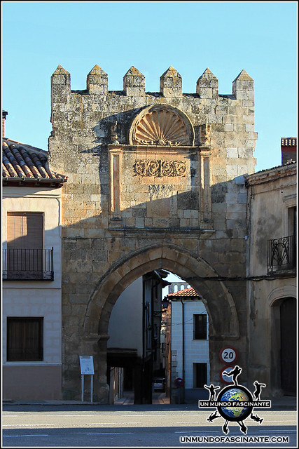 Puerta de Aguilera, Berlanga de Duero (Soria, España)