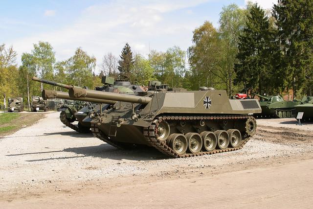 Gefechtsfeld- Versuchsträger GVT 04