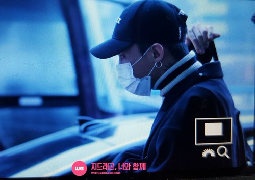 Big Bang - Gimpo Airport - 31dec2015 - With G-Dragon - 01