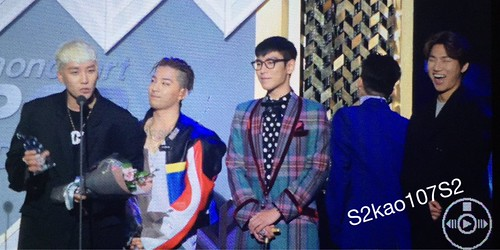 Big Bang - The 5th Gaon Char K-Pop Awards - 17feb2016 - S2kao107S2 - 01