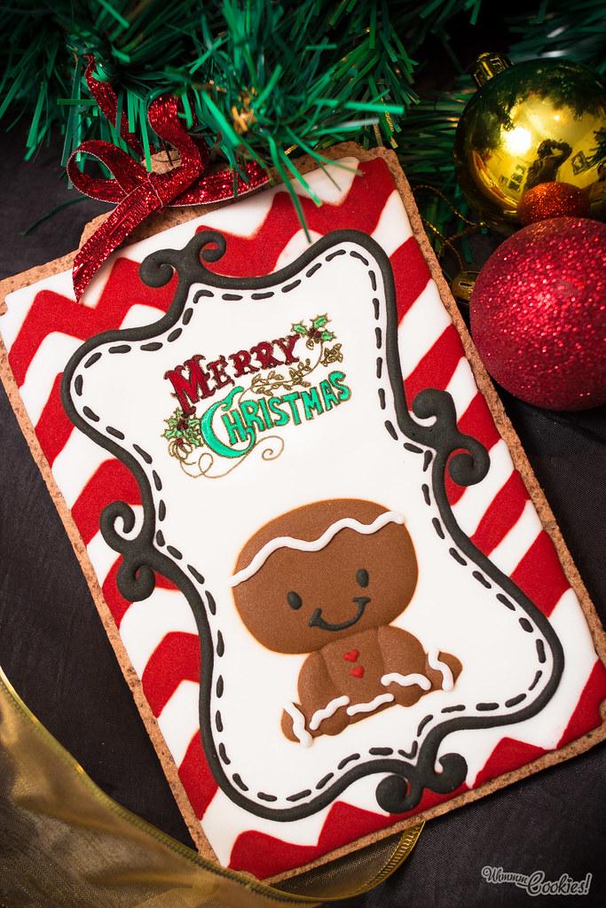 Nuestra galleta navideña del «Hombre de Jengibre», que en realidad es de chocolate. Somos unas personas horribles.