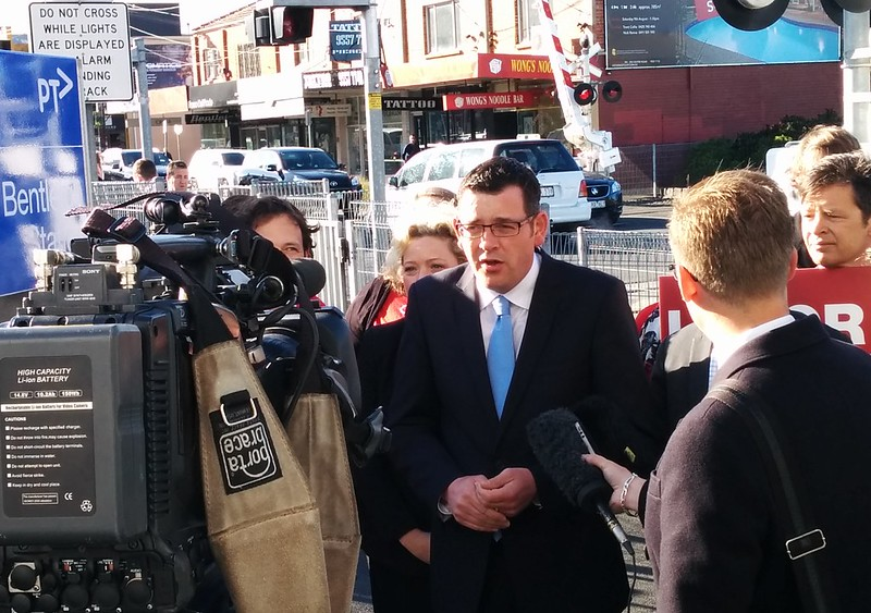 Daniel Andrews at Bentleigh station during the 2014 Victorian election campaign