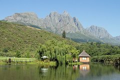 The island (wine tasting centre) and Jonkershoek Mountains, Stark-Condé Wines