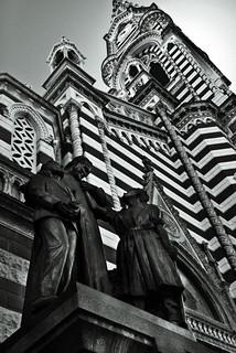 Obrázek Statue. architecture bw bogotá candelaria church colombia commons iglesia iglesiadelcarmen panasonic religious