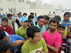 Qatar arrests workers for protesting over low pay. http://t.co/iyQ6sbtMhB  | #Qatar | | http://t.co/M2MPBsPFm4