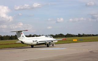 """Aero L-29 """"Delfín"""" taxiing @ LKHK"""