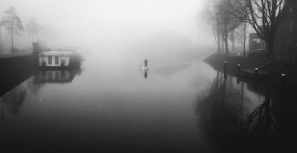 Paddle board in the fog
