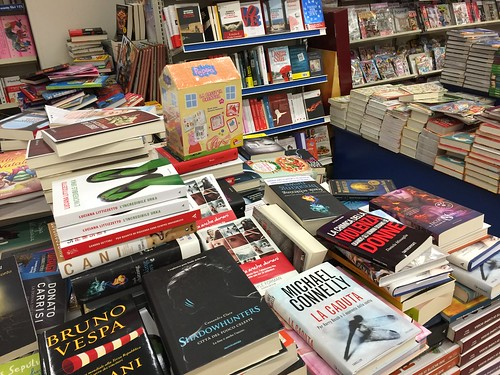 Italie livres centre commercial