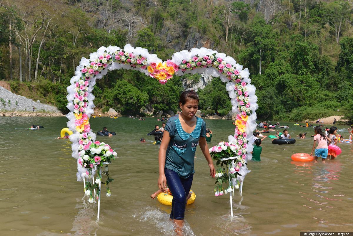 Kong_Lor_Cave_Laos-11