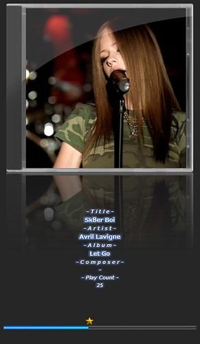 """Avril Lavigne-2 音楽再生ソフトウェアのfoobar2000のスクリーンショット画像。 """"Avril Lavigne"""" さんのアルバムである""""Let Go"""" の """"Sk8er Boi"""" が再生されている。"""