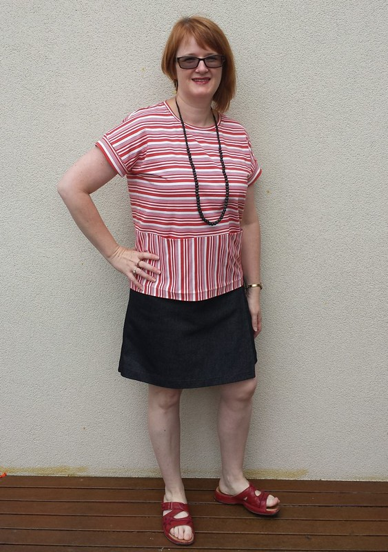 Liesl and Co Bento tee in knit from Darn Cheap Fabrics with Lekala 5063 skirt