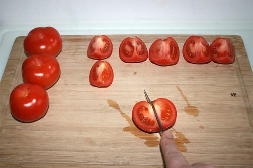 17 - Tomaten vierteln / Quarter tomatoes