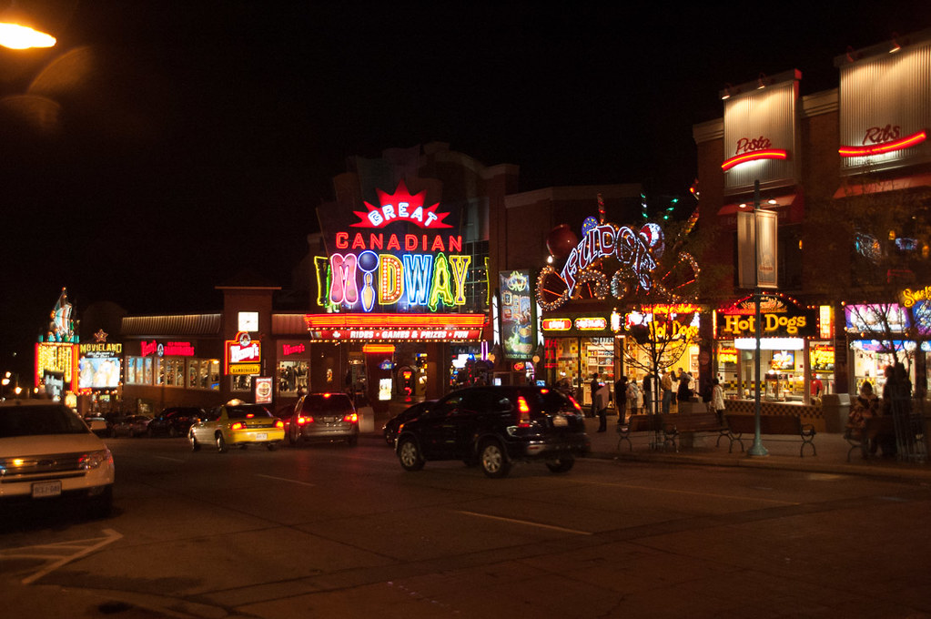 Clifton Hill area at night at Niagara Falls