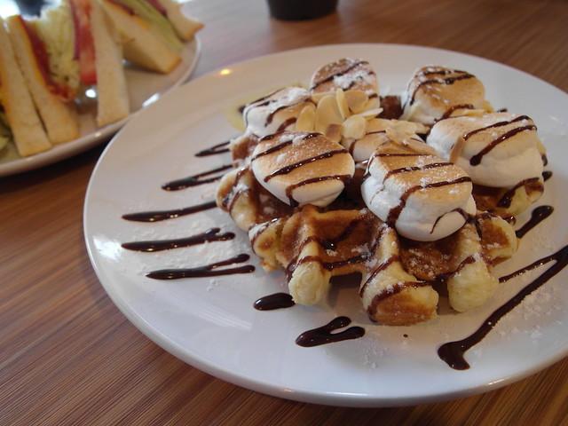 招牌的棉花糖鬆餅 (NTD$80)@內湖港墘 Waffle Please比利時列日鬆餅