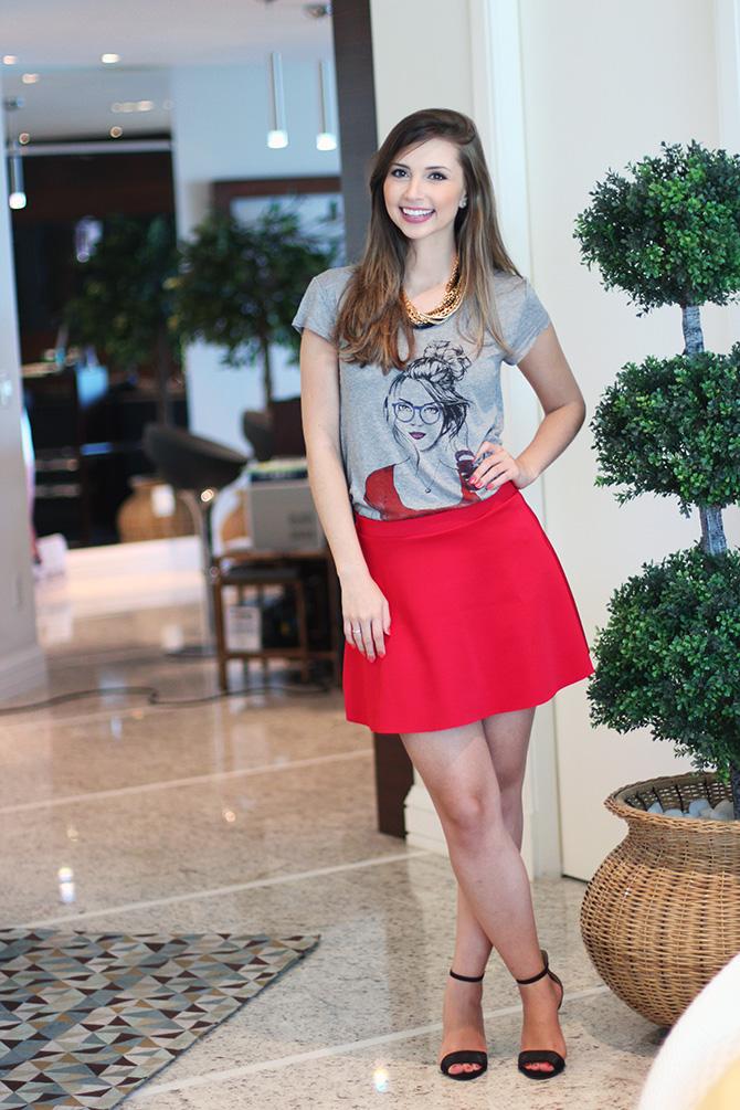 05-look do dia saia vermelha e t-shirt la mandinne blog sempre glamour